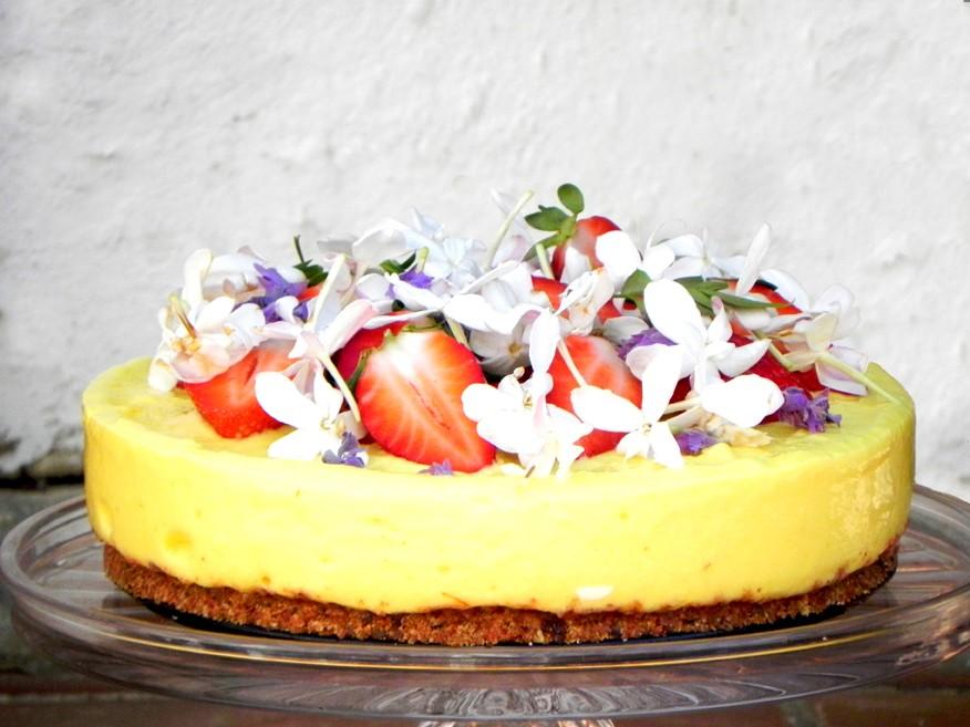Cake Recipes To Freeze Uk: Frozen Mango Nutty Biscuit Cake With Dates & Raisins