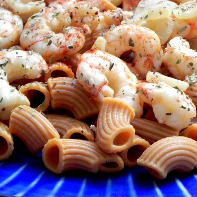 Macaroni With Garlic Prawns