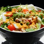 Cantabrian white tuna and cod salad with romesco sauce dressing