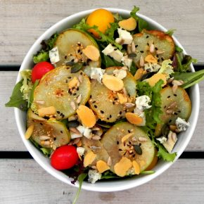 caramelised pear and gorgongola salad