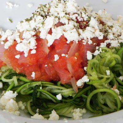 Courgetti Tricolore – Courgette Spaghetti With Tomato, Feta & Basil