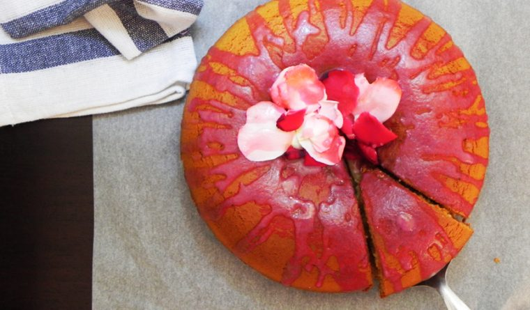Honey cake with petal rose jelly icing
