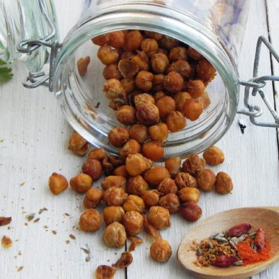 Spicy Paprika Oven-Roasted Chickpeas
